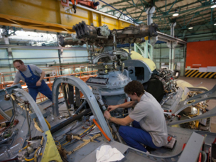 Russian Helicopters demonstrates Mi-17 repair process to Indian specialists