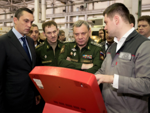 The Russian Deputy Defense Minister has familiarized himself with the latest products from Concern Kalashnikov