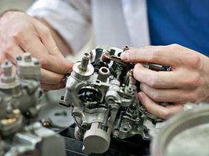Rostec bildet einen größten Produzenten der Flugzeugsgetriebe Russlands