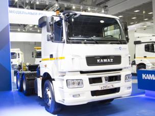 КАМАЗ остается лидером российского рынка грузовиков