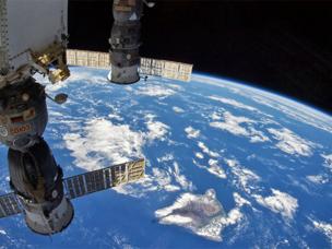 Разработка Ростеха снижает вес космических радиаторов на 25%