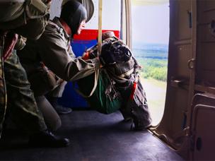 «Технодинамика» создает парашют для десантирования со сверхмалых высот