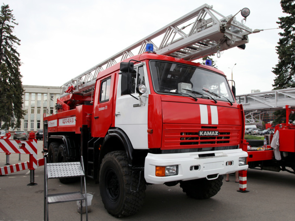 Specialists from Russian cities will be able to see the new KAMAZ fire truck