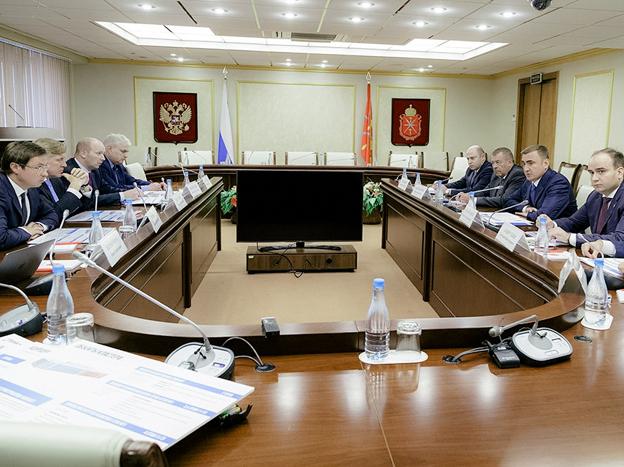 Губернатор Тульской области встретился с представителями Ростеха