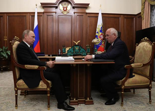 Сергей Чемезов представил Владимиру Путину отчет о деятельности Ростеха