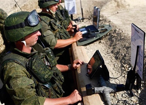 Rosoboronexport suministrará estaciones de radio al ejército del Perú