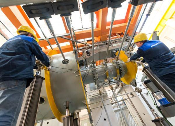 Монтаж испытательного стенда на пермском заводе