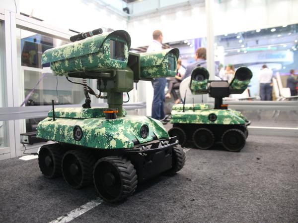 В РФ испытали систему искусственного интеллекта для управления группировкой роботов