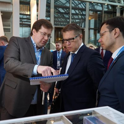 "International Companies Showed Interest in ""Shvabe"" Medical Equipment at IMDRF"