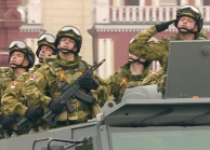 The Latest Kalashnikov Assault Rifles Were Demonstrated at the Victory Parade