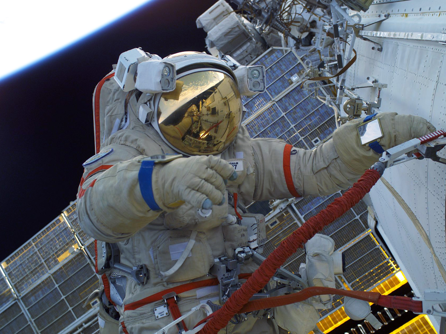 Fifth-generation Russian spacesuits to be delivered to the International Space Station