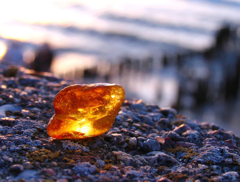 The Kaliningrad Amber Factory has been transferred to Rostec