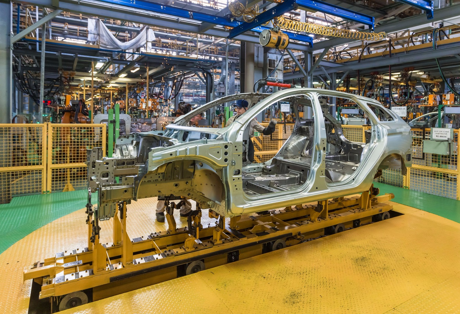 AvtoVAZ raises prices for its products 69