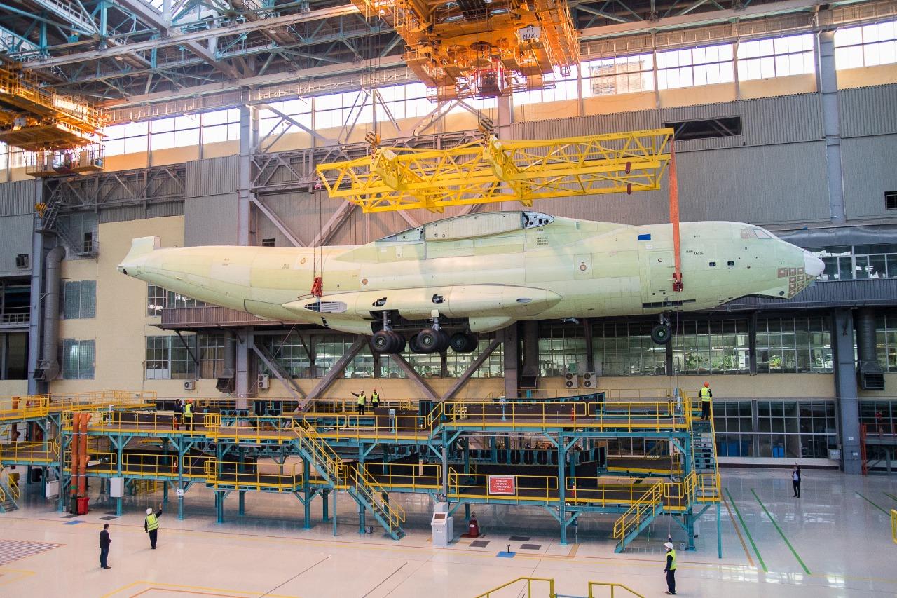 На поточной линии собран первый фюзеляж Ил-76МД-90А
