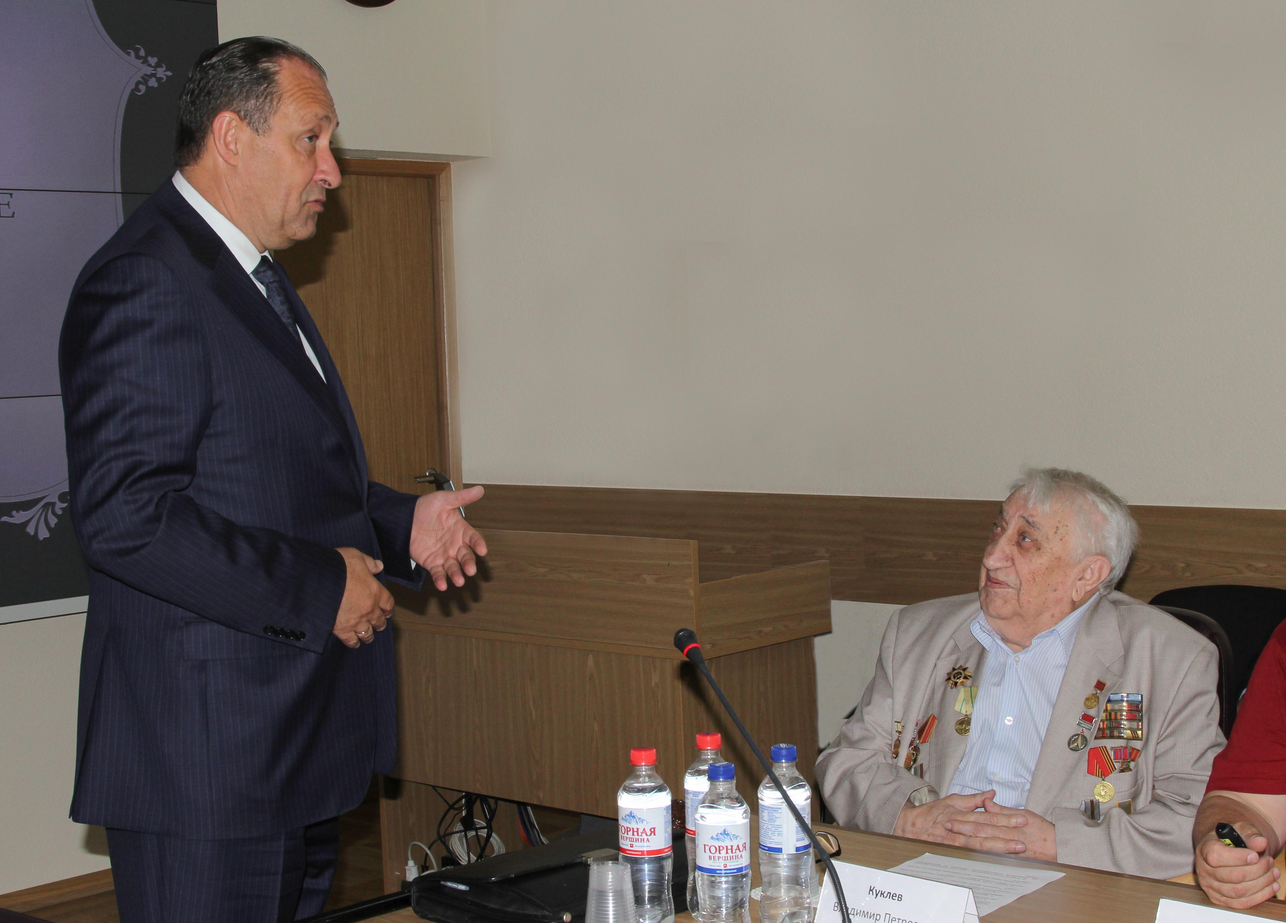 100-летний сотрудник «Росэлектроники» рассказал о будущем радиоэлектроники