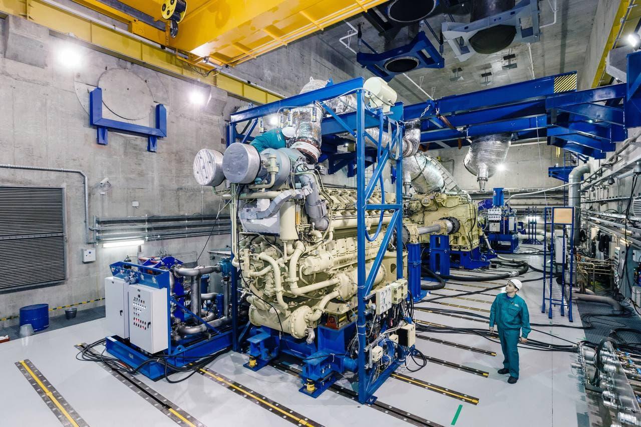 UEC supplied M55R diesel-gas turbine unit to Severnaya Verf