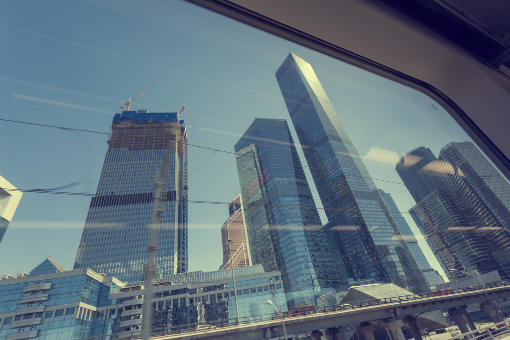 "Rostec and LG Create a ""Window-Display"" for the Russian Transport"