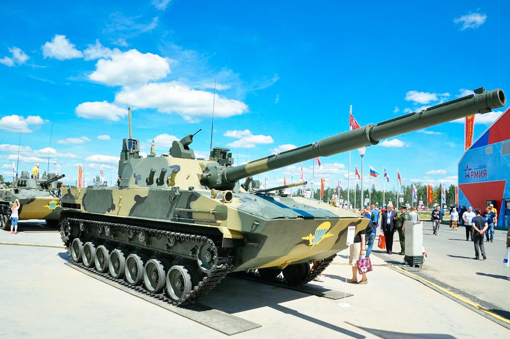 Rosoboronexport lancia il carro armato anfibio leggero Sprut-SDM1