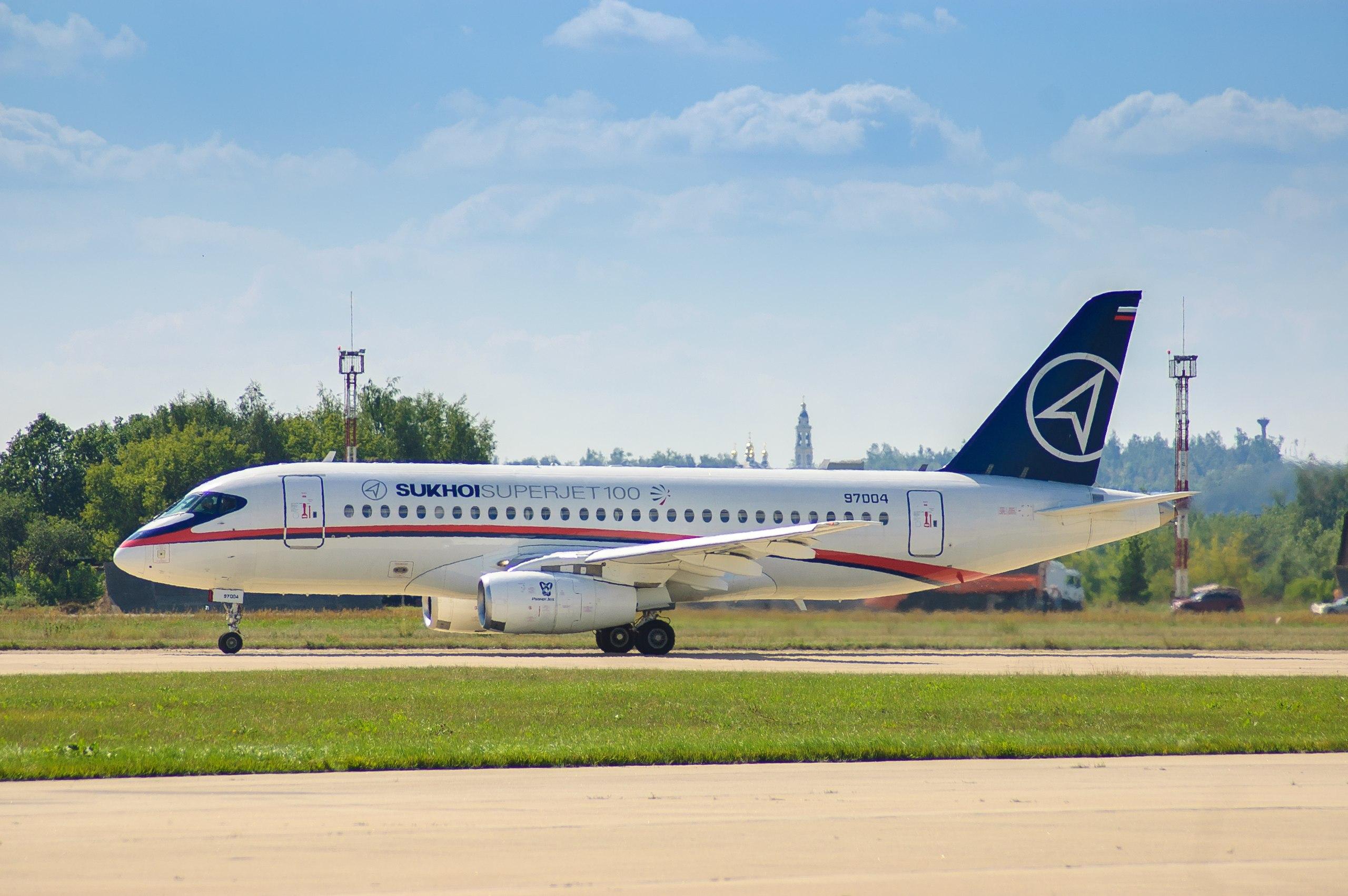 Начались испытания новой российской навигационной системы на самолете SSJ100