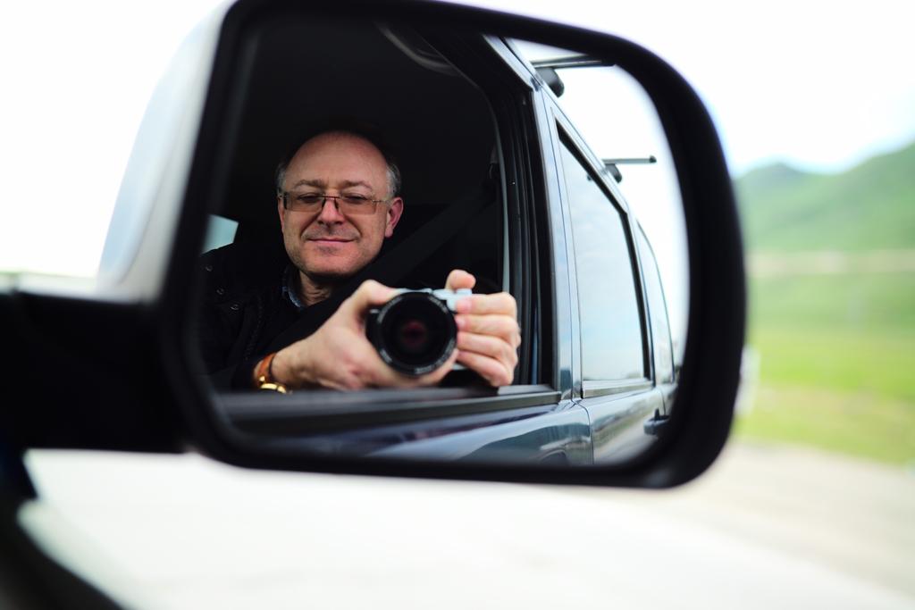 Зенит М стал официальной камерой автопробега «Из Москвы в Доху»