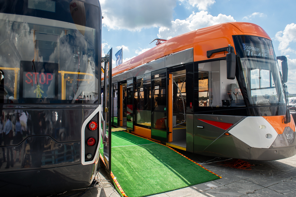 Rostec Demonstrated Next-Generation Tram Models