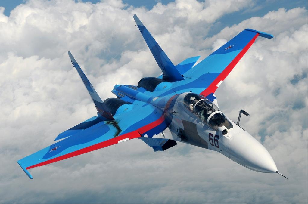 Sukhoi_Su-30_inflight.jpg